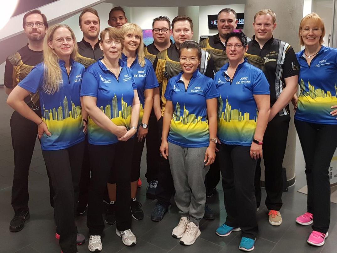 Team Damen 1 und Herren 1 in Nürnberg
