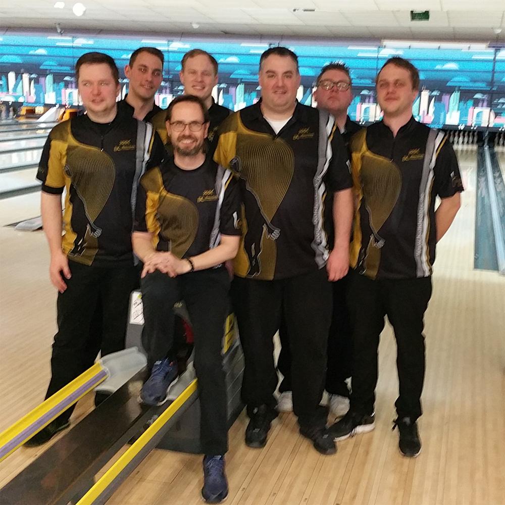 Herrenteam 1 bei der Siegerehrung
