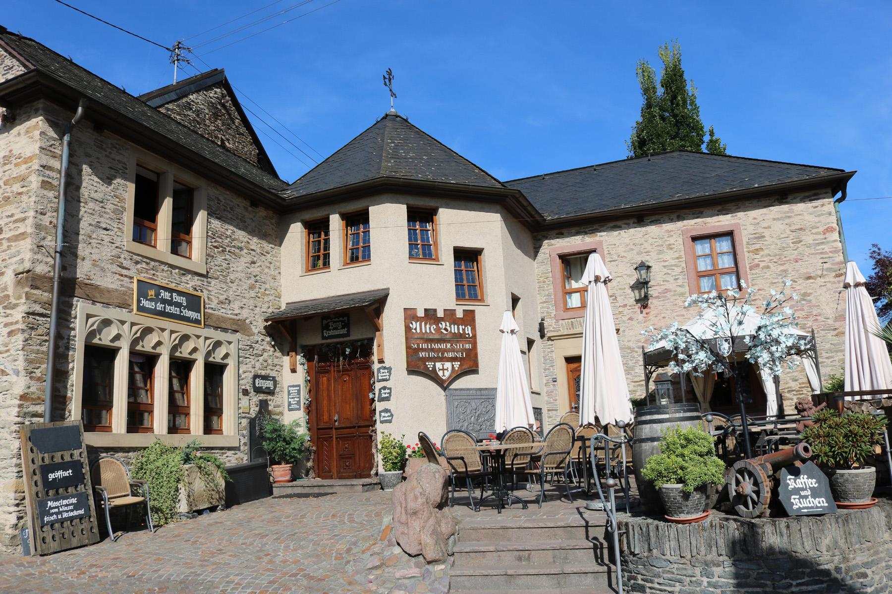 Burg Longuich