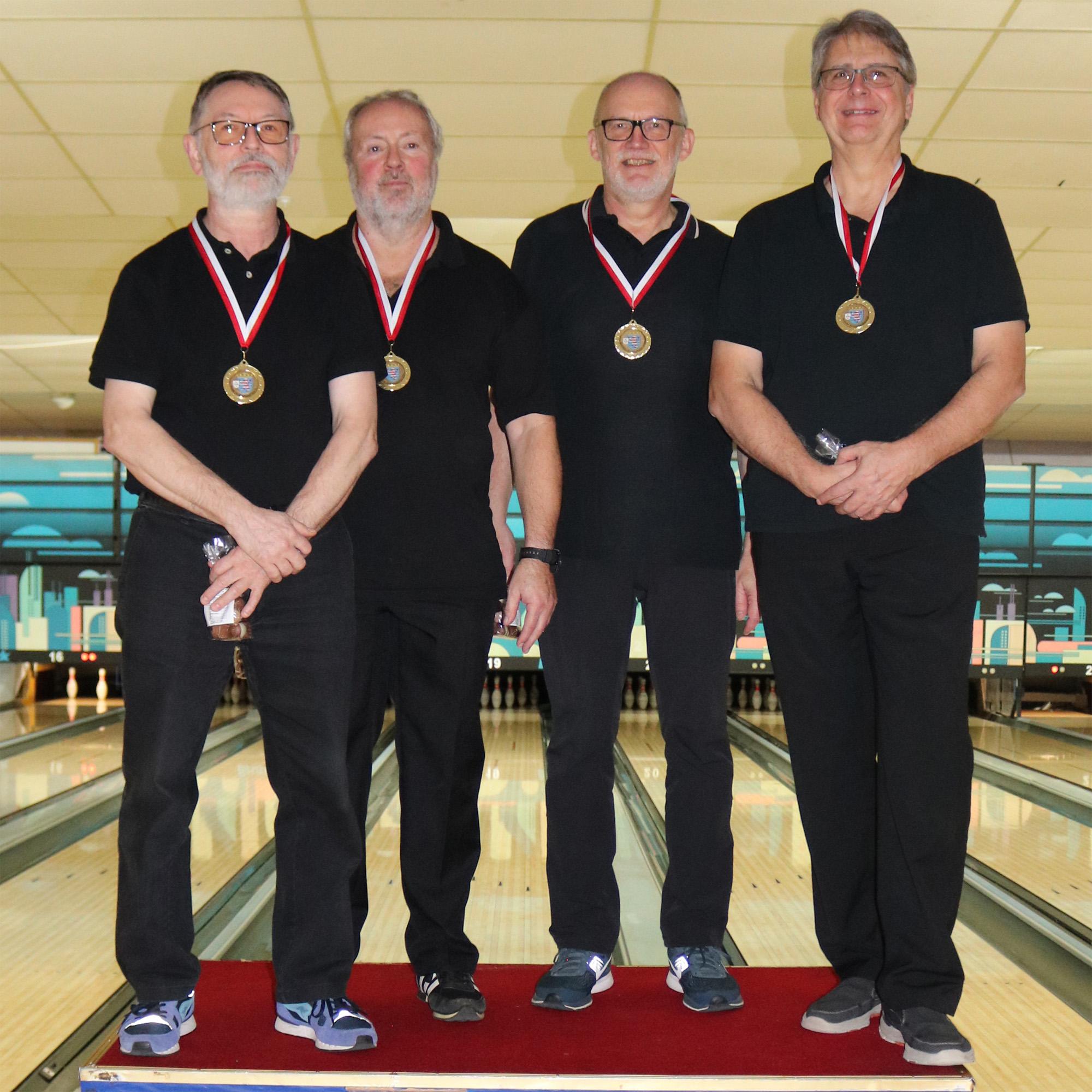 Sieger Senioren B: Kurt, Werner, Rolf und Hans-Jürgen (v.l.)