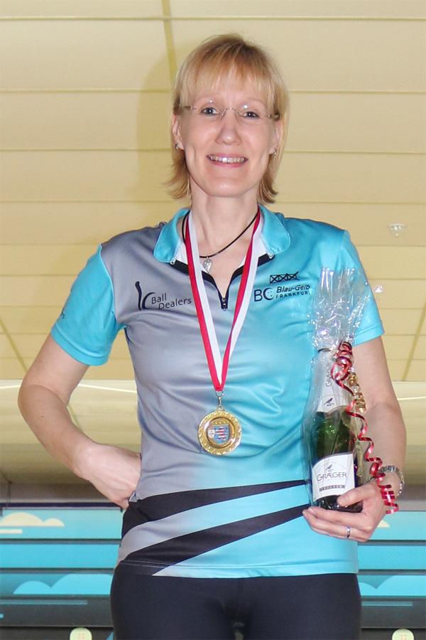 Hessenmeisterin Seniorinnen A: Uta König